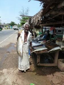 Sri Lankan Fishermen selling fish