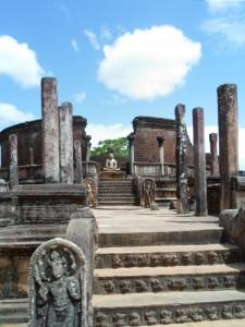 Amazing ruins at Polonnaruwa.