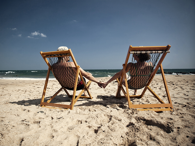 Couple beach Sri Lanka